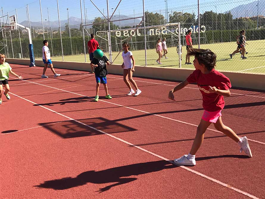 Summer school: english & sports at Colegio San José