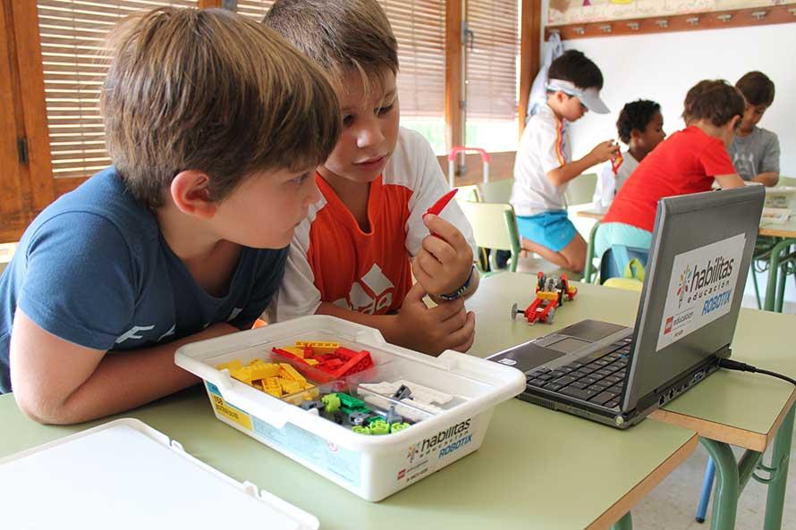 Robotics at Summer School in San Jose School